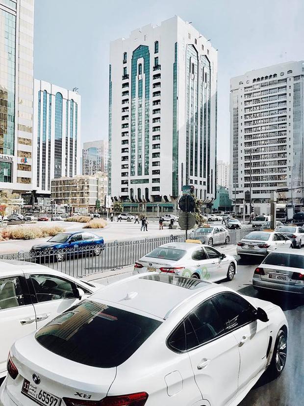Theo chân 9X Sài Gòn đến thăm Dubai  thành phố sang chảnh, giàu có và nóng bức của Trung Đông