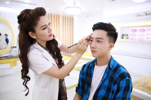 Các thí sinh Giọng Hát Việt 2018 công khai ủng hộ phẫu thuật thẩm mỹ