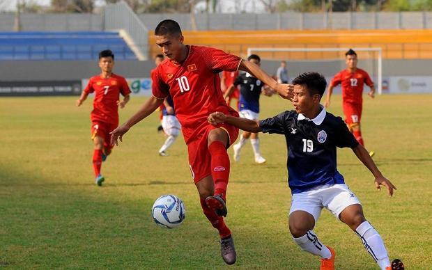 U16 Việt Nam nhận bàn thua thứ 2 từ một tình huống cố định. Ảnh: Thethao247.vn.