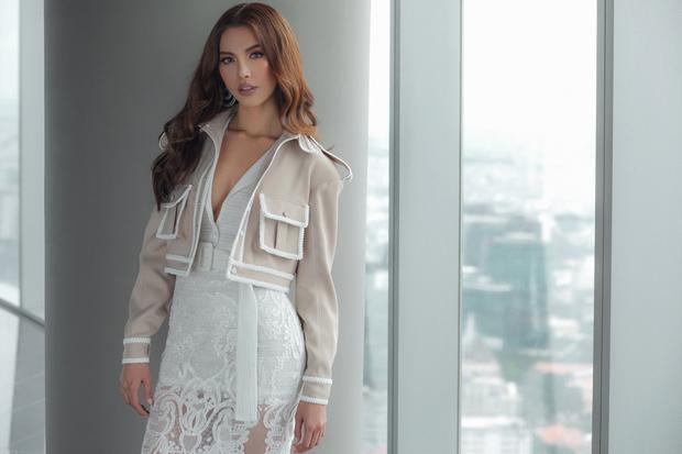 Chia sẻ về quyết định trở lại cuộc thi Asia's Next Top, chân dài cho biết bản thân cô phải suy nghĩ nhiều về việc lựa chọn giữa ước mơ tham dự một cuộc thi sắc đẹp và cơ hội đến với chương trình.