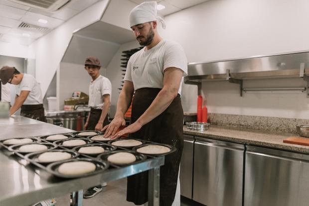 Pizzetta nổi lên giữa hàng chục thương hiệu pizza chính vì hương vị đặc trưng đậm chất Ý. Giới trẻ nô nức 'check in' với pizza kiểu mới Pizzetta chuẩn Ý lần đầu có mặt tại Việt Nam