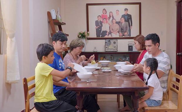 Gạo nếp gạo tẻ tập 41: Bà Mai uất ức đến ứa nước mắt khi bị con gái mắng sa sả, mẹ chồng chì chiết