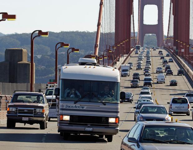 Lái xe tại San Francisco, California, Mỹ mỗi năm phải chịu cảnh ngồi trong xe ngán ngẩm nhìn tắc đường tới 79 giờ.