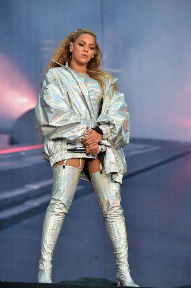 Rất nhiều ngôi sao như Beyoncé hay Millie Bobby Brown cũng yêu thích sắc màu khó tính này.