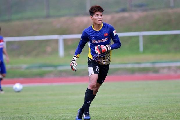 Phí Minh Long chấn thương tạo điều kiện cho Bùi Tiến Dũng thể hiện tại giải U23 châu Á. Ảnh: Thanh niên.