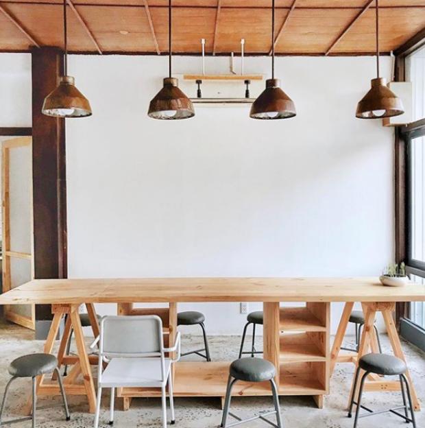 Không gian lớn hơn để ngồi với bạn bè, họp nhóm (@quynhtyy)