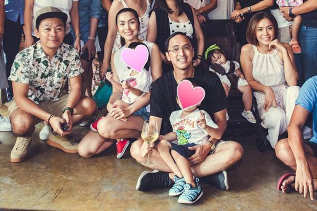 Bức hình mới nhất đầy đủ 4 thành viên trong gia đình Tăng Thanh Hà và Louis Nguyễn.