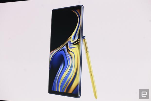 Bút S-Pen là một trong những điểm nhấn của sự kiện ra mắt Note9 với nhiều tính năng lần đầu xuất hiện.