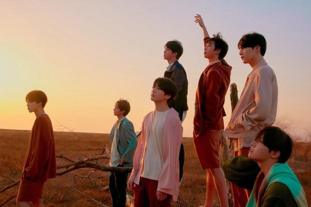 """BTS sẽ chính thức khởi động chuyến lưu diễn vào ngày 25/8 tại Seoul, tức là sau một ngày nhóm """"thả xích""""Love Yourself 結 Answer."""