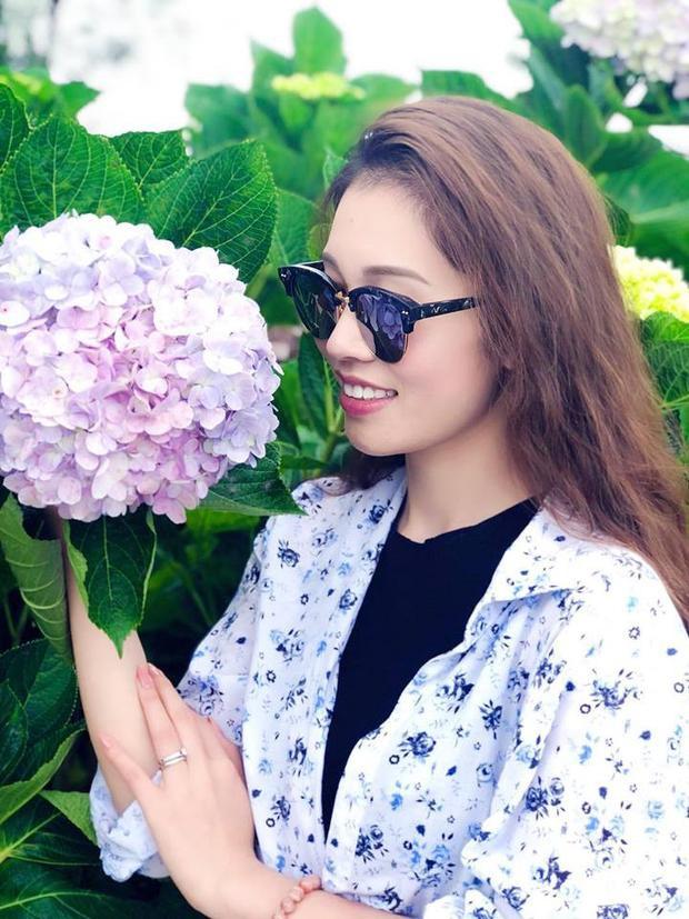Và đến khi nắm một số thông tin của người đẹp, nhiều người lại gật gù cho rằng, đây hoàn toàn chẳng phải là may mắn bởi bản thân cô nàng Thu Trang vốn đã rất ưu tú.