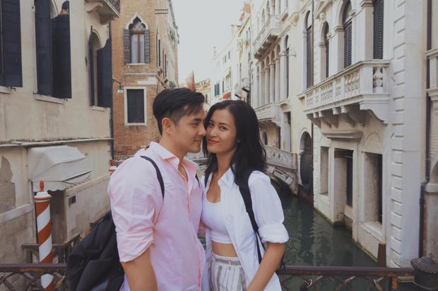 """Cặp đôi đặt chân đến Venezia, nơi được mệnh danh """"thánh địa tình yêu"""" mà bất cứ cặp tình nhân nào cũng muốn đến."""