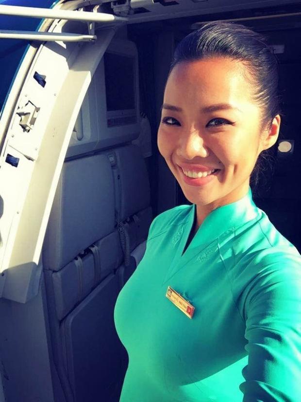 Kiko Chan (tên thật Trần Thị Thu Trang, 26 tuổi), cô từng là tiếp viên hàng không của hãng hàng không quốc gia Việt Nam - Vietnam Airlines.