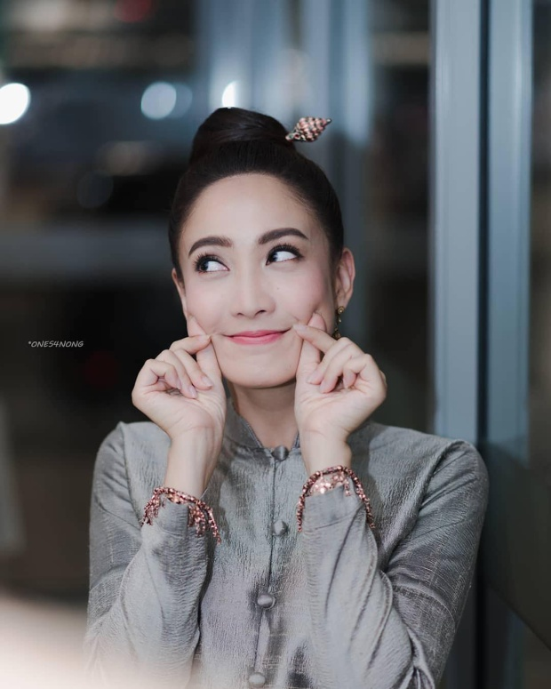 Những lí do để bạn yêu một cô gái như Taew Natapohn Tameeruks