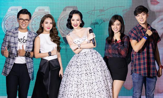 Ngoài Angela Phương Trinh, chương trình còn có sự góp mặt của các nghệ sĩ trẻ.