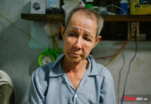Ông Sang (bạn tri kỷ của bà Hai), là cô đào chuyển giới lớn tuổi nhất Việt Nam