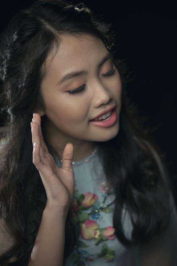 Quang Lê không can thiệp vào MV mới của Phương Mỹ Chi: Chị Bảy nói gì?
