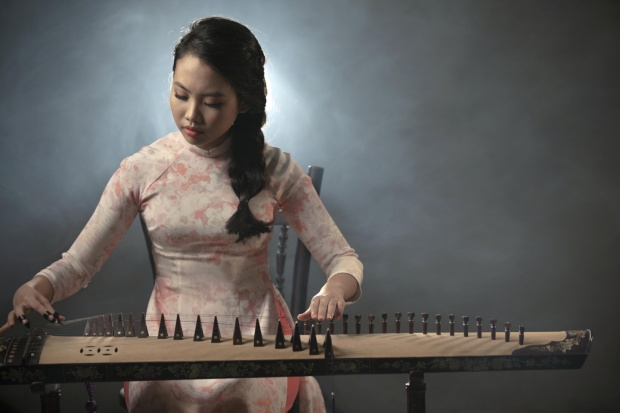 """5 năm sau khi trở thành """"hiện tượng"""" ở sân chơi Giọng hát Việt nhí, Phương Mỹ Chi là cái tên hiếm hoi còn duy trì được độ nóng và có những hoạt động âm nhạc nổi trội."""