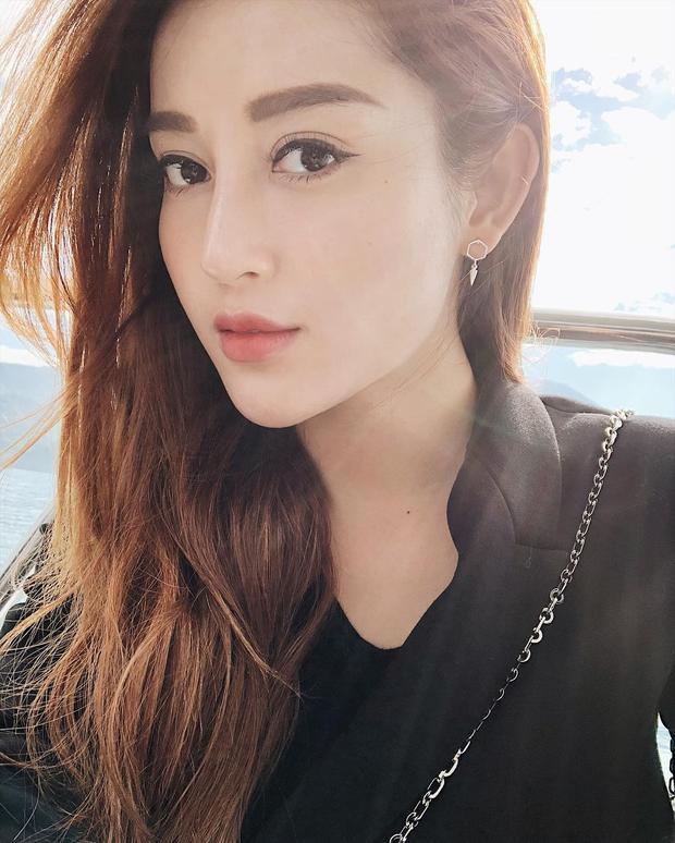 Gương mặt trẻ trung và xinh đẹp của Huyền My