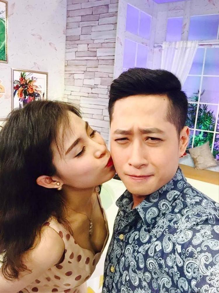 DV Hôn nhân trong ngõ hẹp hôn bạn diễn trên truyền hình