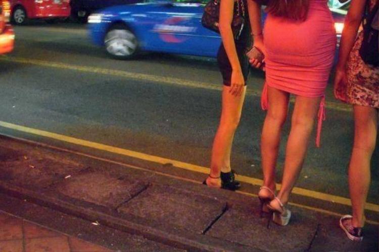 Đêm náo nhiệt ở phố đèn đỏ nổi tiếng tại Singapore