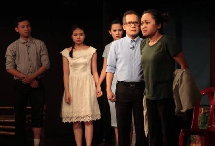 Sao Việt ngất xỉu trên sân khấu và phim trường