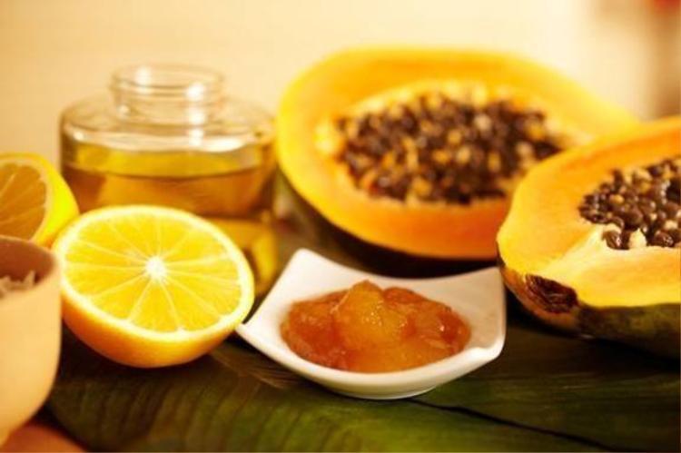 Những loại kem dưỡng ẩm tự nhiên có sẵn trong bếp