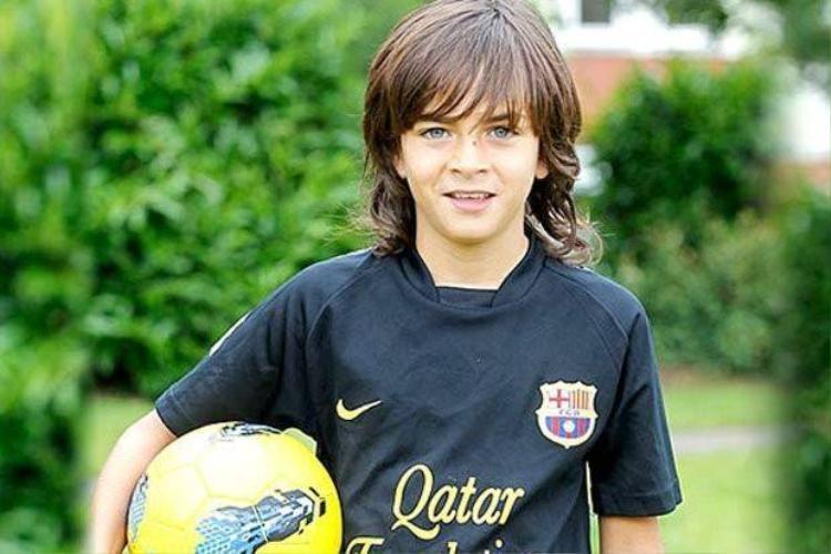 10 thần đồng của bóng đá thế giới được ví là 'Messi mới'