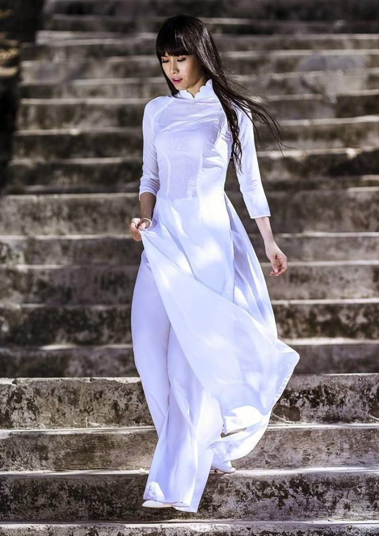 Bí quyết chọn áo dài nữ sinh tôn dáng cho năm học mới