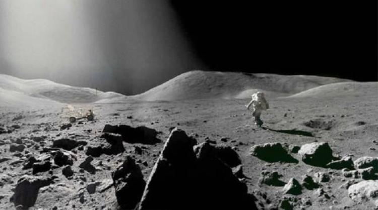 Loạt ảnh 6 lần con người bước trên mặt trăng