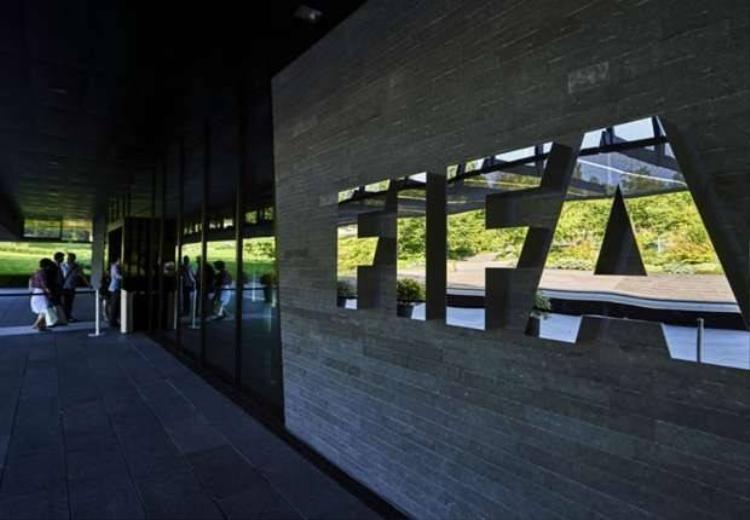 Platini nhiều cơ hội trở thành ông chủ mới ở FIFA