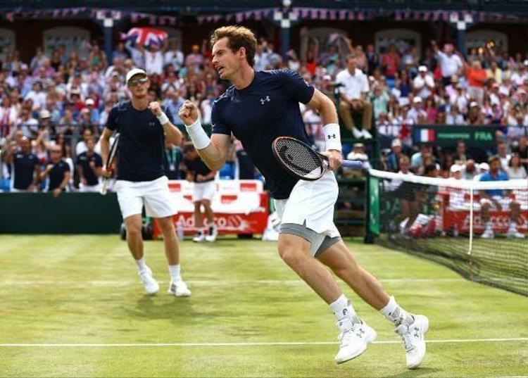 Murray giúp Vương quốc Anh vào bán kết Davis Cup sau 34 năm
