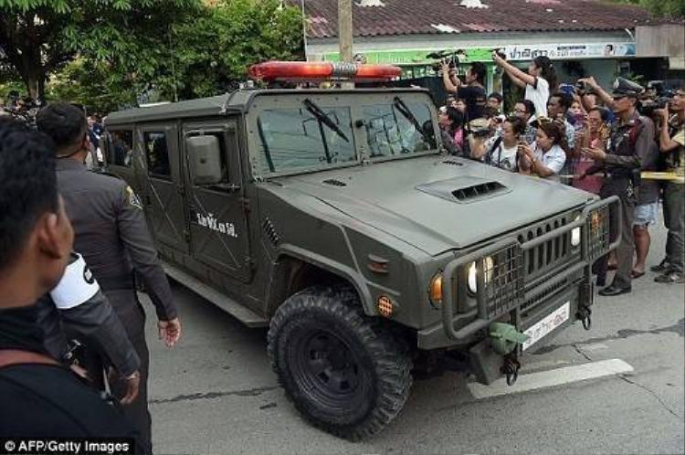 Nghi phạm đánh bom Bangkok bị bắt không phải là 'thanh niên áo vàng'