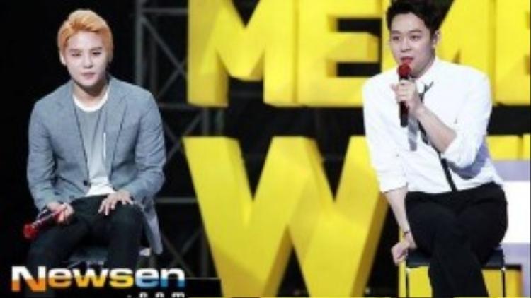 Yoochun và Junsu đã tham dự JYJ Membership Week để gặp người hâm mộ lần cuối.