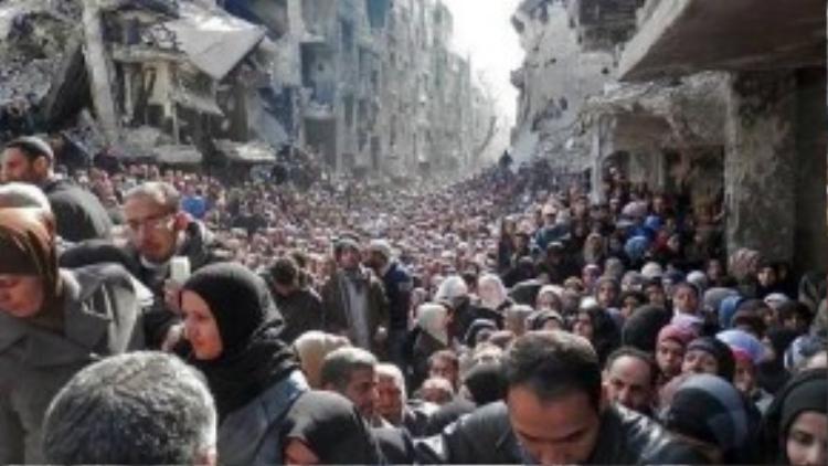 Nhiều người dân Syria bỗng trở nên vô gia cư do tình trạng chiến tranh kéo dài.