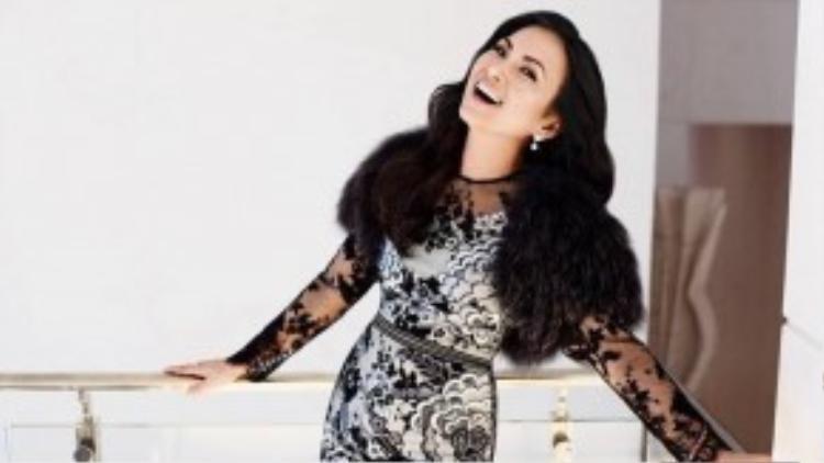 Gần đây, Hà Phương tham gia rất nhiều dự án nghệ thuật ở Hollywood. Cô vừa hoàn thành vai chính trong bộ phim phim Finding Julia của đạo diễn Igor Sunara và sắp phát hành single Lost in a Dream qua kênh iTunes.