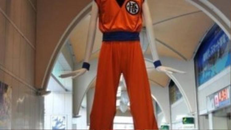Nana-chan được thay trang phục hàng tháng dựa theo mộtsự kiện đặc biệt nào đó diễn ra trong tháng. Ví dụ như trong ảnh, Nana-chan đang mặc trang phục của nhân vật truyện tranh Son Goku.