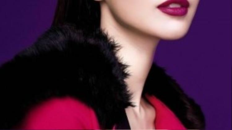 Những biểu cảm đa dạng đều được người đẹp chuyển tải rất có hồn và mang tính thời trang cao cấp.