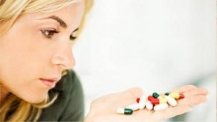 Tác dụng phụ của một số thuốc có thể khiến bạn tăng cân.