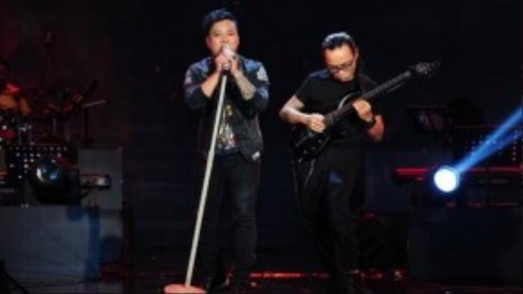 """""""Sự sống"""" là một ca khúc do chính Ygaria sáng tác và được thể hiện do chính tác giả và ban nhạc Hạc San."""