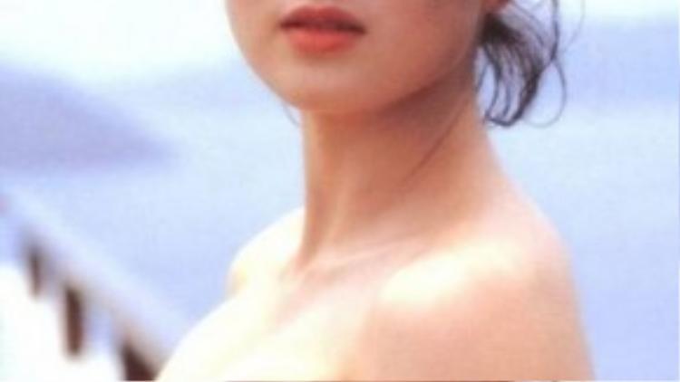 Lợi Trí sinh năm 1961, được đánh giá là Hoa hậu châu Á đẹp nhất trong lịch sử.