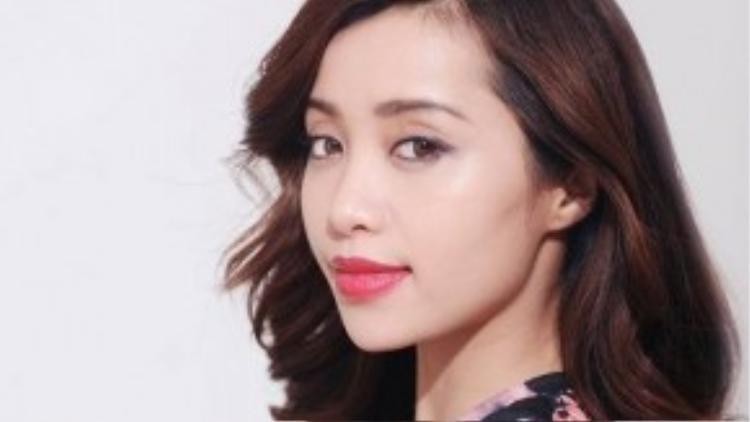 Michelle Phan đánh giá cao khả năng làm đẹp và đầy môi bằng kim lăn.