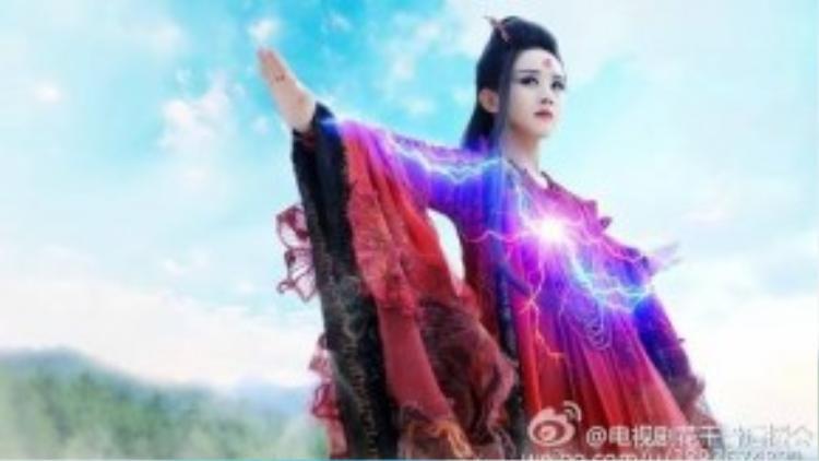 Tạo hình yêu ma của Triệu Lệ Dĩnh trong Hoa Thiên Cốt.