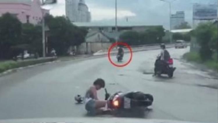 Chẳng may bị cướp, không nên cố đuổi trong nguy hiểm theo để tránh những tai nạn đáng tiếc.