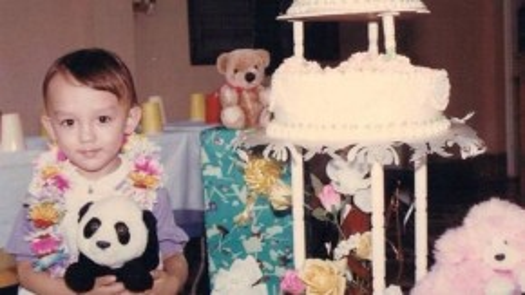 Diễn viên La Quốc Hùng ngày nhỏ sở hữu gương mặt hệt một em bé Tây.