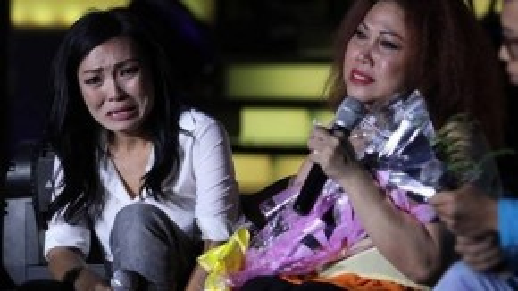 Phương Thanh từng tổ chức show nhạc riêng để quyên góp giúp đỡ bạn thân vượt qua khó khăn. Cả hai từng khóc trên sân khấu.