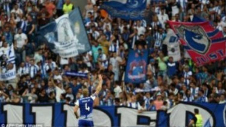 CLB Porto sẽ ủng hộ từ thiện trong trận gặp Chelsea ngày 29/9 tới đây .