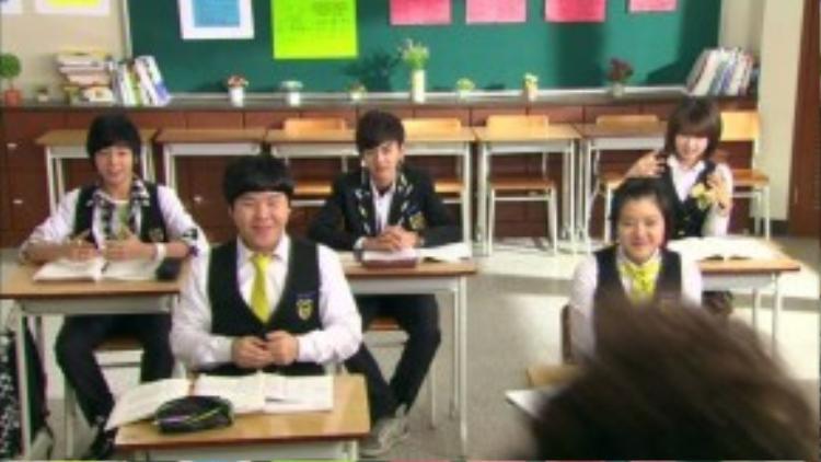 Dẫn đầu nhóm 5 học sinhlà Hwang Baek Huyn (Yoo Seung-ho),một học sinh cá biệt chuyêngây rối và các thành viên còn lại do dàn diễn viên trẻ tài năng đóng như Lee Chan-ho, Ji-yeon, Go Ah-sung và Lee Hyun-woo.