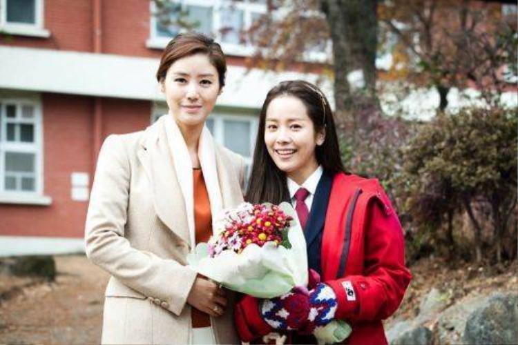 6 màn cưa sừng ấn tượng của dàn sao nữ u40 Hàn Quốc