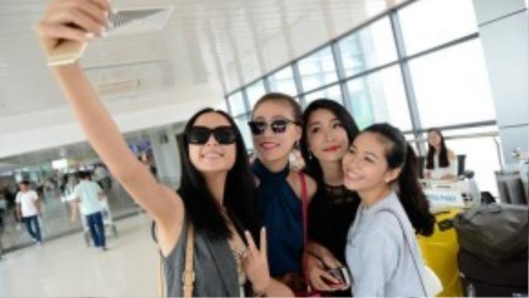 Không giấu niềm vui và phấn khởi, nhiều thí sinh cho biết họ rất háo hức khi đến Nha Trang, bên cạnh những thí sinh đã đến Nha Trang nhiều lần, có những thí sinh cho biết họ lần đầu đến thành phố biển xinh đẹp này. Thậm chí, có những thí sinh tâm sự lần đầu được đi máy bay nên rất hồi hộp.