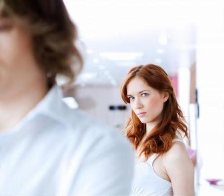 6 dấu hiệu cho thấy bạn đang lừa dối người yêu